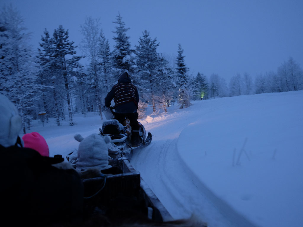 Visiting lapland santa a guide to planning and booking your when you book a package trip to lapland along with a visit to santa other winter activities are typically included in your itinerary such as reindeer and solutioingenieria Image collections